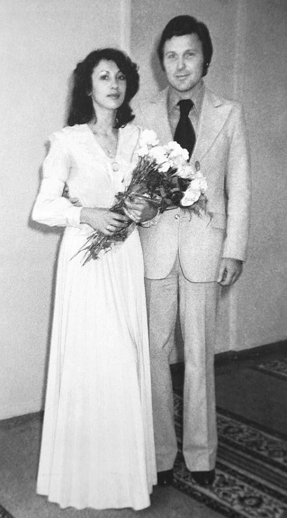 20. Лолита Милявская (певица) и Александр Беляев, 1985 год