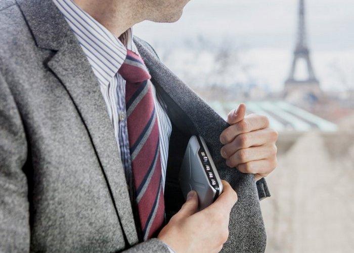 Mini safe. Mini safe – это карманный бумажник, который имеет встроенную систему безопасности (
