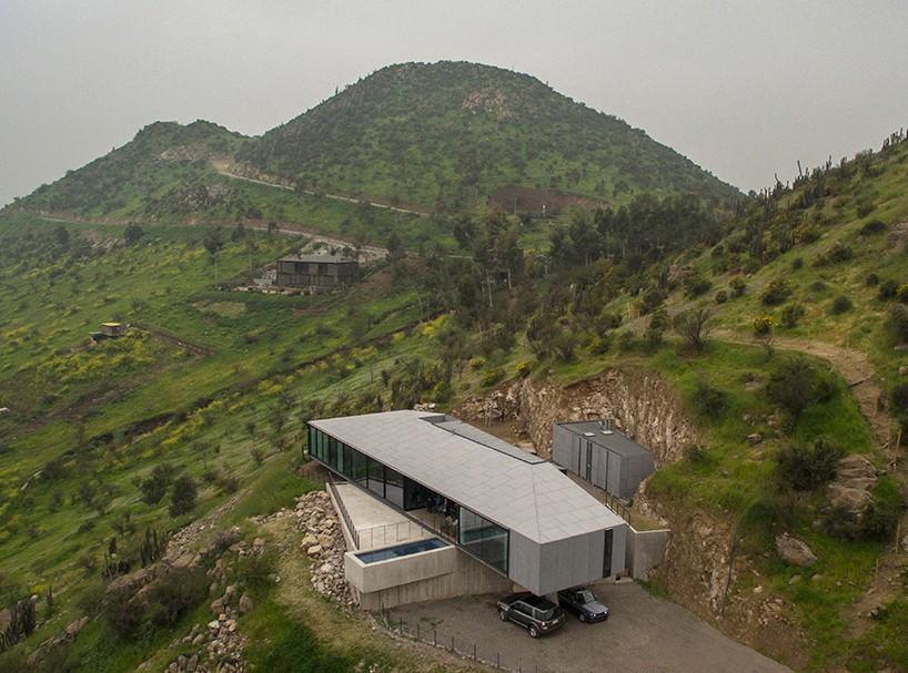 Дом на склоне холма в Чили (13 фото)