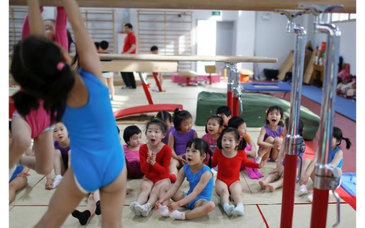 Занятия в детской спортивной школе.