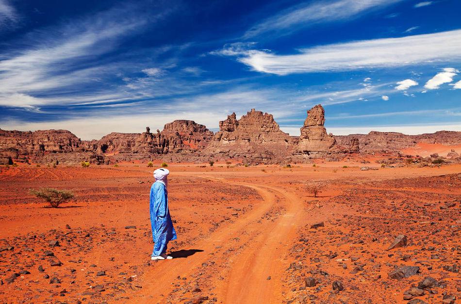 Туареги — единственный в мире народ, у которого мужчины даже в домашнем кругу обязаны закрывать лицо