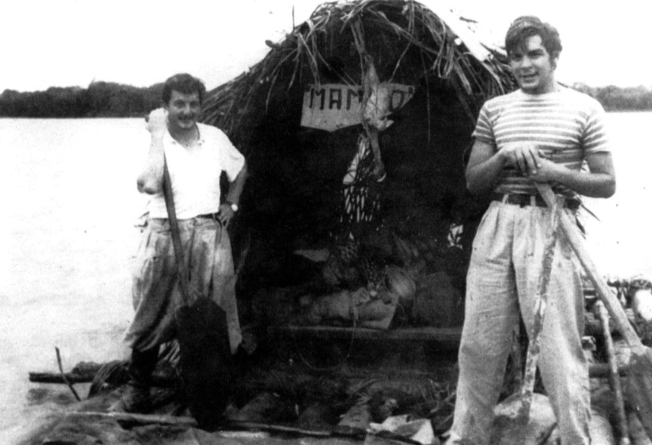 Эрнесто Че Гевара с детства хотел посвятить свою жизнь лечению прокаженных южноамериканцев. Во время