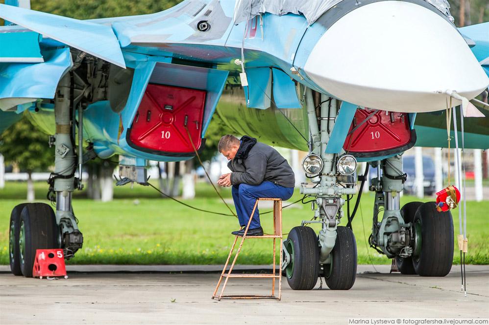 7. Два Су-35С и 4 Су-30СМ из Липецка.