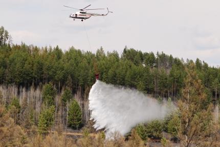 Cотрудники экстренных служб остановили поиски Ил-76, пропавшего впроцессе тушения лесных пожаров