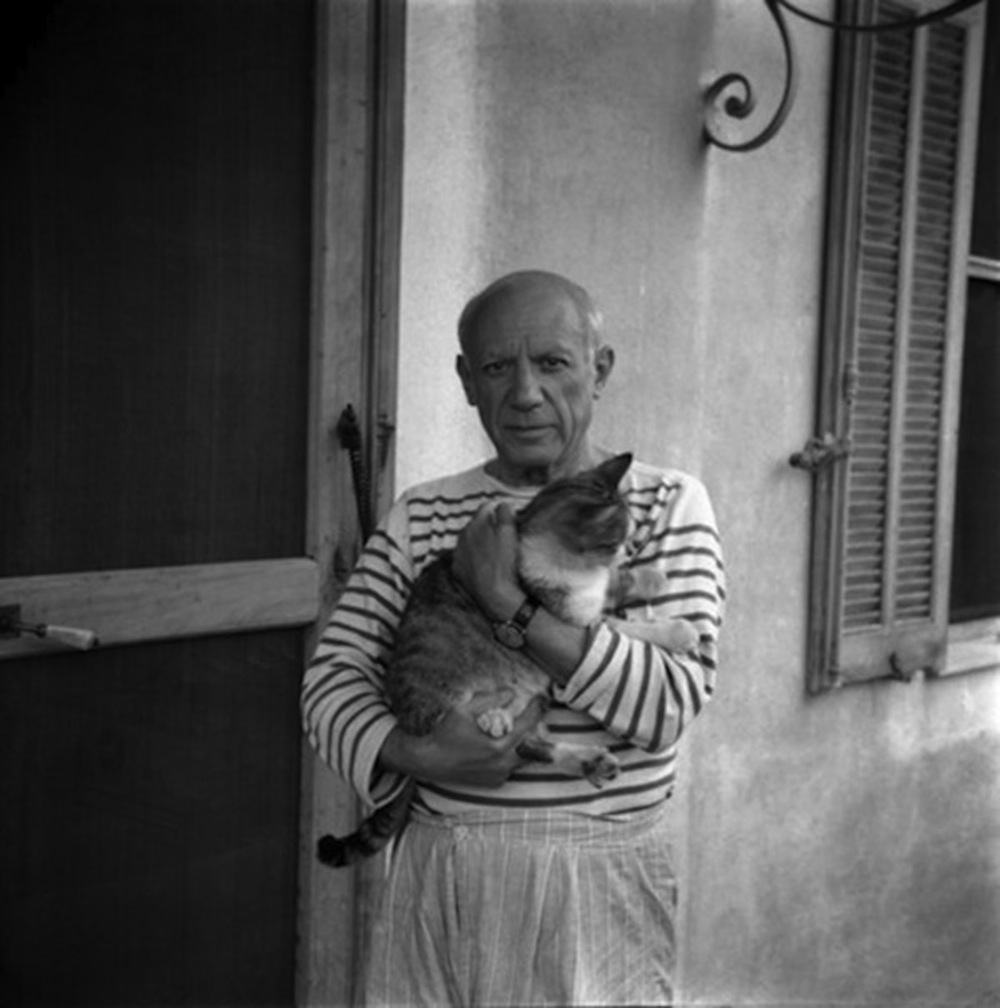 Pablo Picasso / Photograph by Carlos Nadal, 1960; © Estate of Pablo Picasso / Artists Rights Society