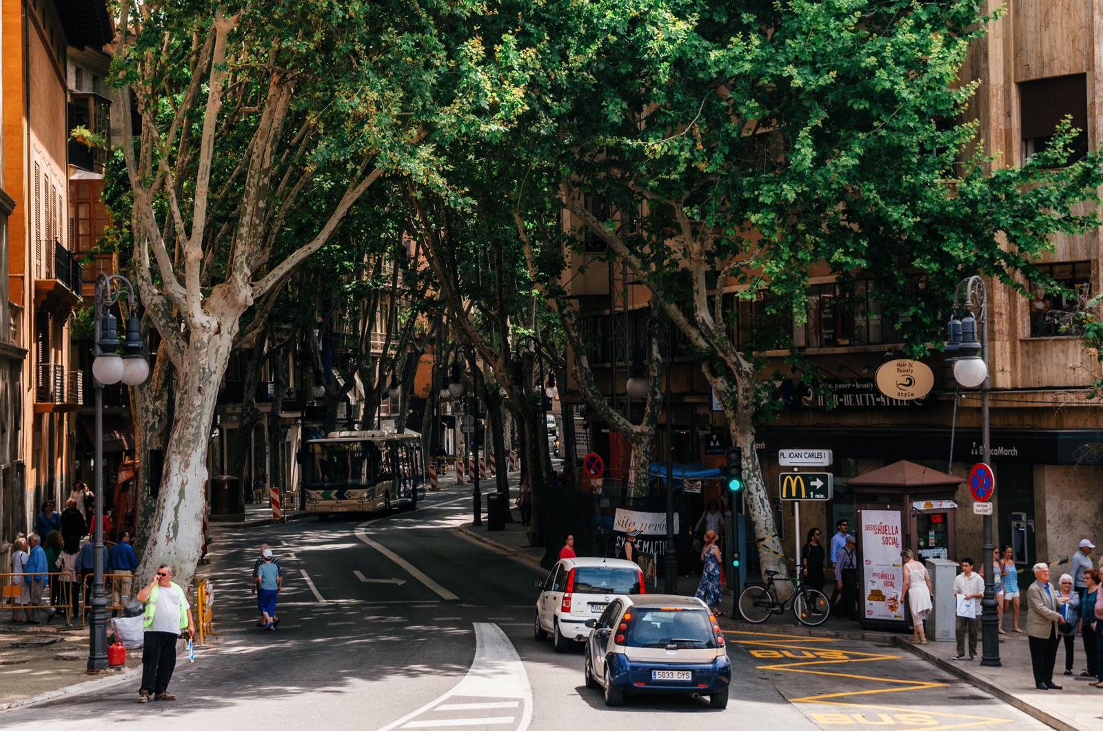 Улица Унио, ведущая к Театру Принципал