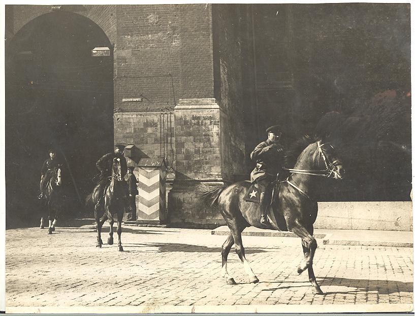153677 Ворота Спасской башни московского кремля.jpg
