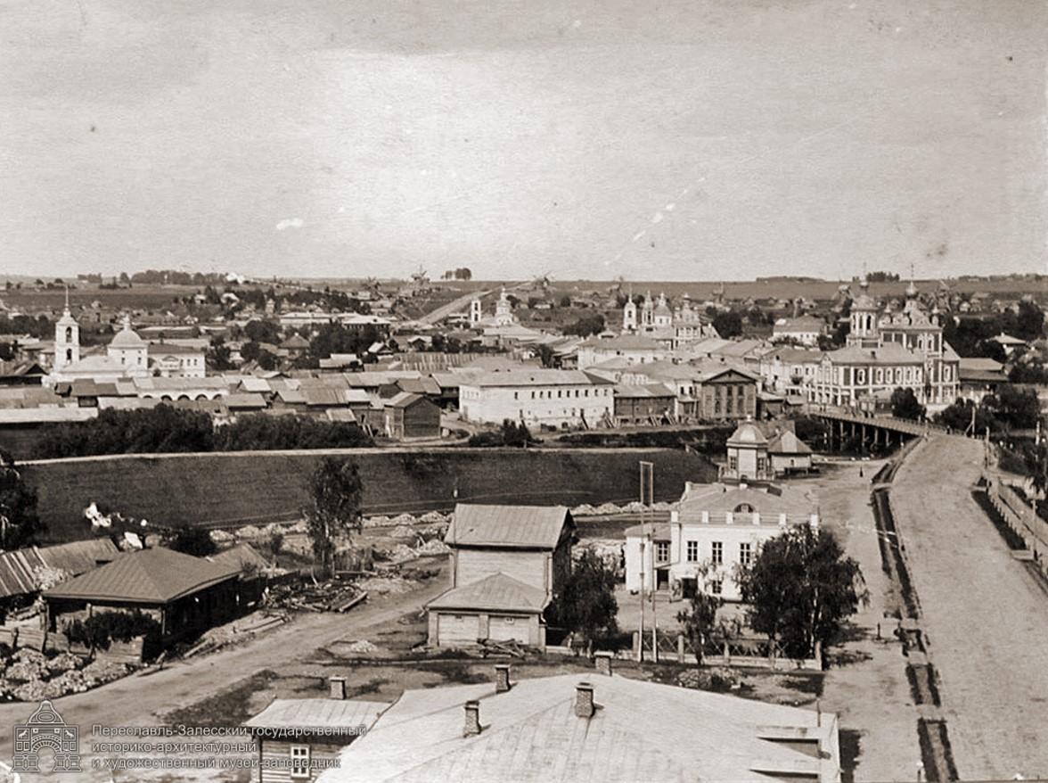 Центр города с Владимирской колокольни