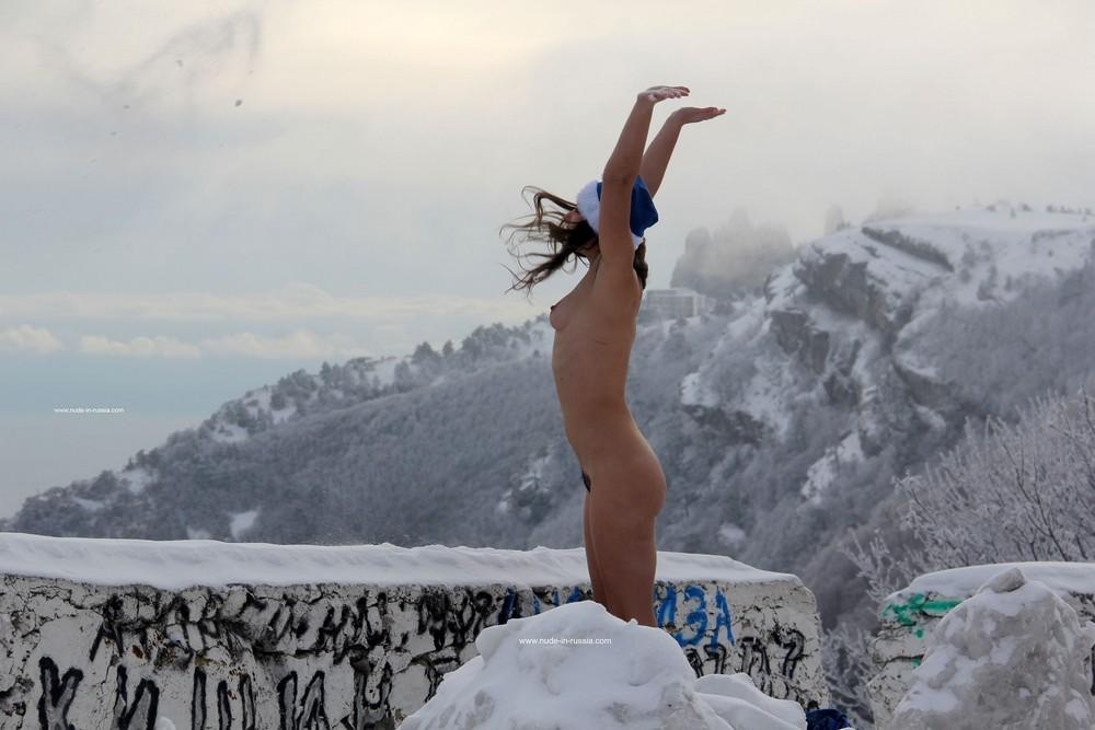 Лохматая снегурочка Алиса