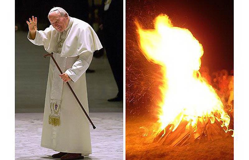 19. Огонь в костре на горе напоминает силуэт Папы Иоана Павла II. Фотография была сделана Гжегожем Л