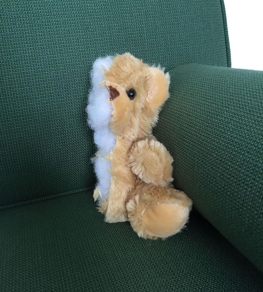 7. «Нет смысла обнимать мягкие игрушки — для этого есть страстные коллеги».