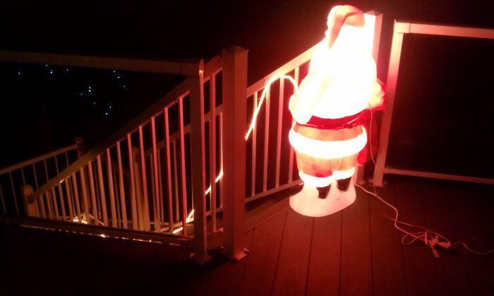 Отец очень гордился этой рождественской композицией.