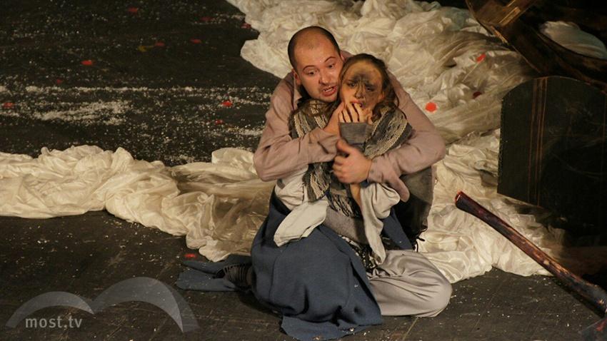Лучшим спектаклем интернационального фестиваля вЛипецке стал «Гамлет» владимирского театра