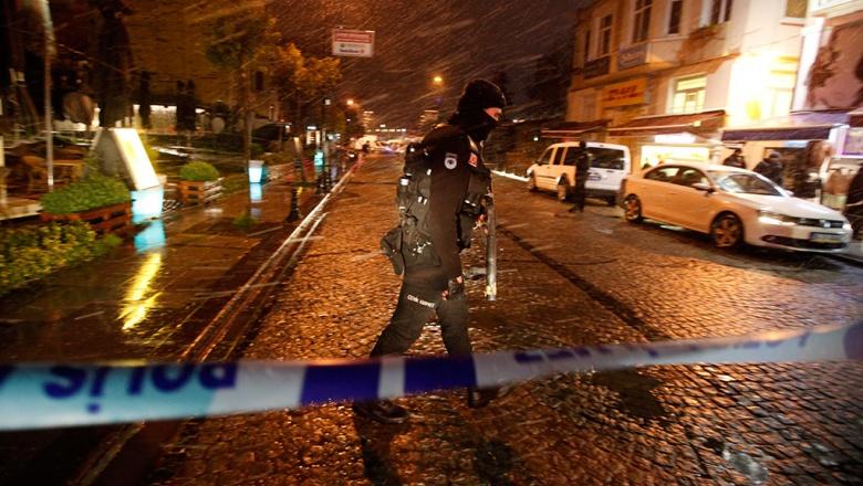 Двое мужчин задержаны встамбульском аэропорту после стрельбы