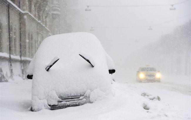 УКличко призывают водителей пересесть наавтобусы— Снегопад вКиеве