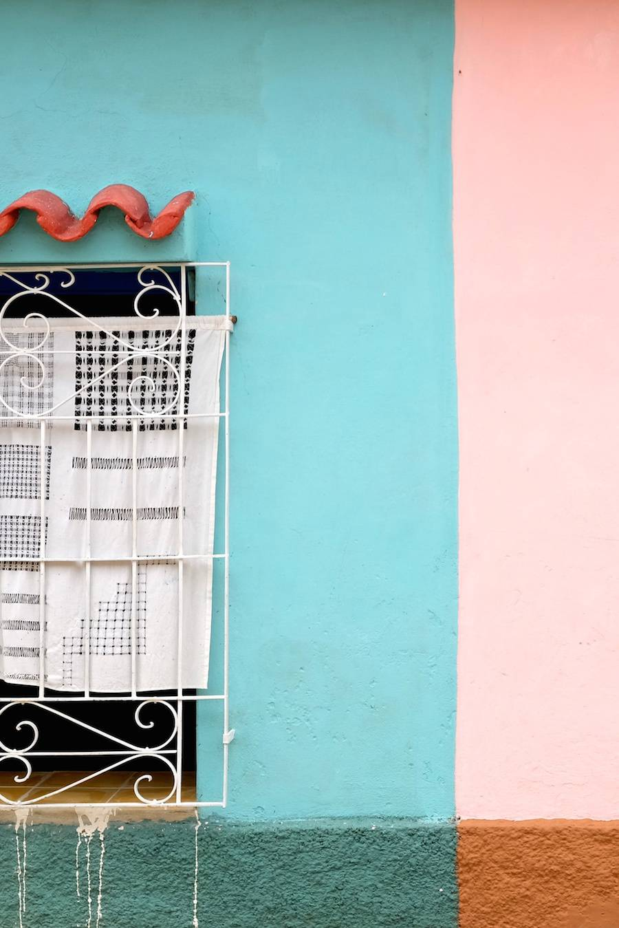 Beautiful Colors and Geometry of the Cuban Architecture