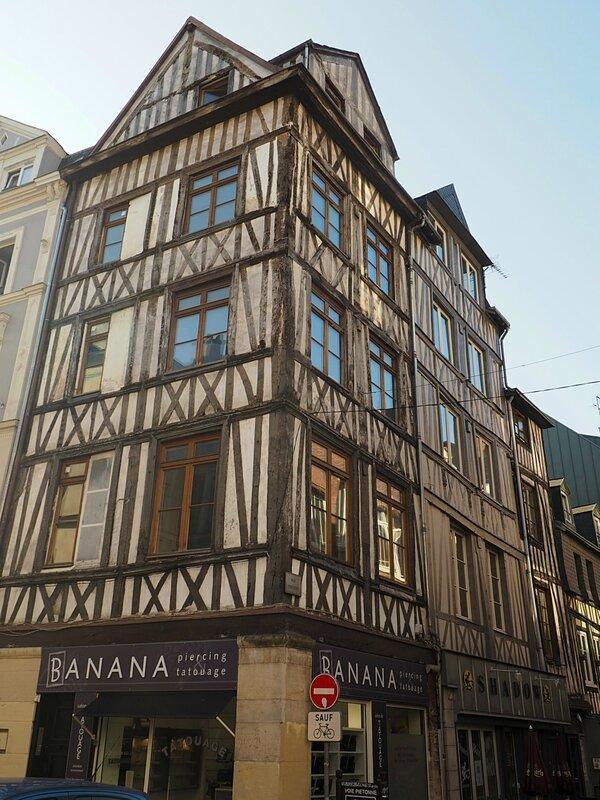 Руан, Франция – фахверковые дома (Rouen, France - half-timbered houses)