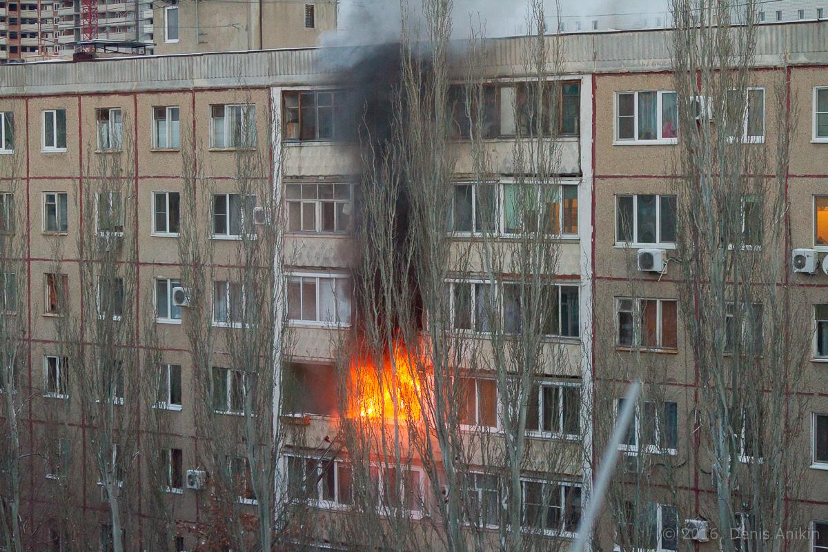 Саратов пожар бахметьевская фото 2
