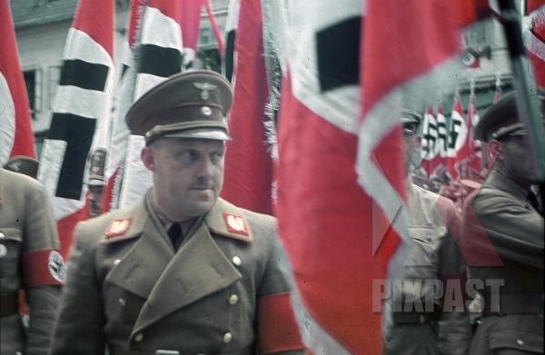 stock-photo-gauleiter-august-eigruber-salzburg-austria-1939-sa-party-day-parade--8221.jpg