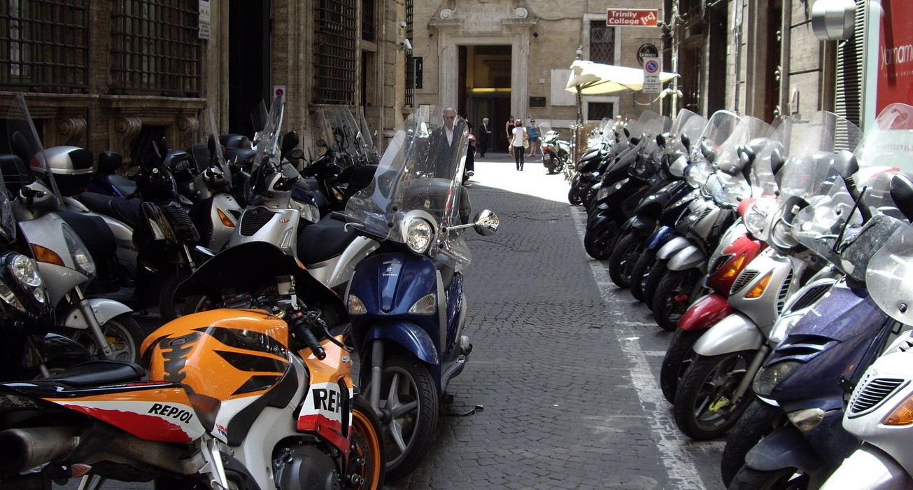 Российский рынок новых мотоциклов впервом полугодии упал примерно на40%