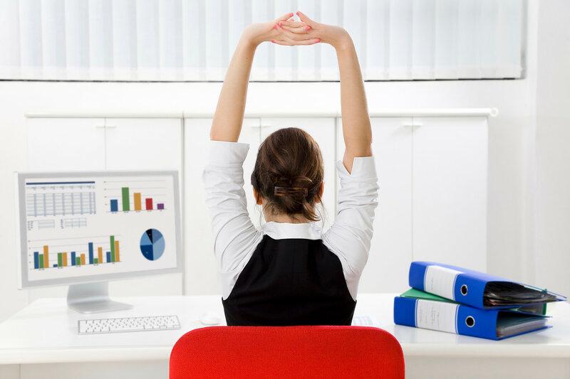 Доступная гимнастика за рабочим столом