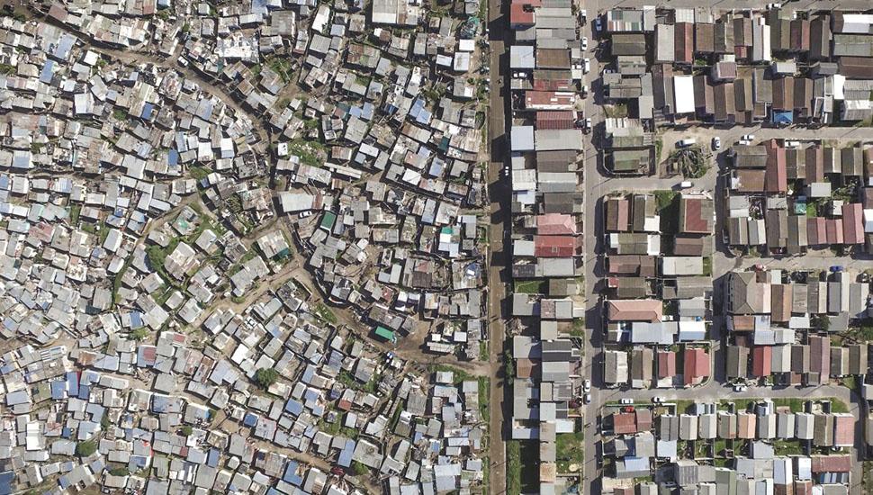 Карты Google Maps помогли ему определить безопасные зоны, где он мог запускать и сажать беспилотник