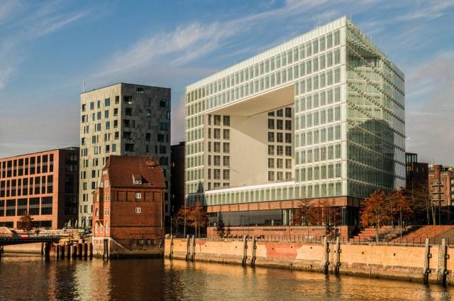 15. Германия, Гамбург, Портовый город В 18-19 веках Хафенпорт считался важнейшим торговым портом. Но