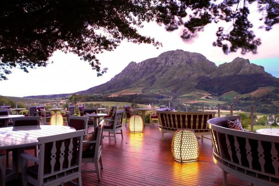 10. Delaire Graff Restaurant, Стелленбос, ЮАР Этот ресторан знаменит не только своими экзотическими
