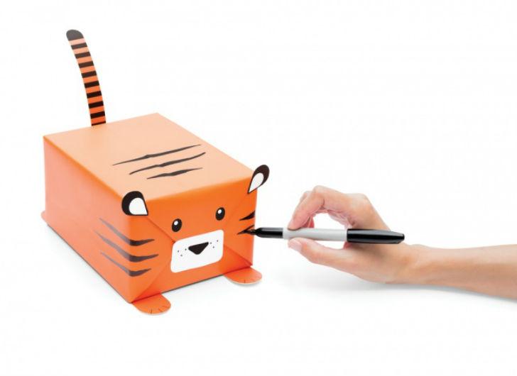 Дизайнеры лондонской подарочной студии придумали милую упаковку для подарков.