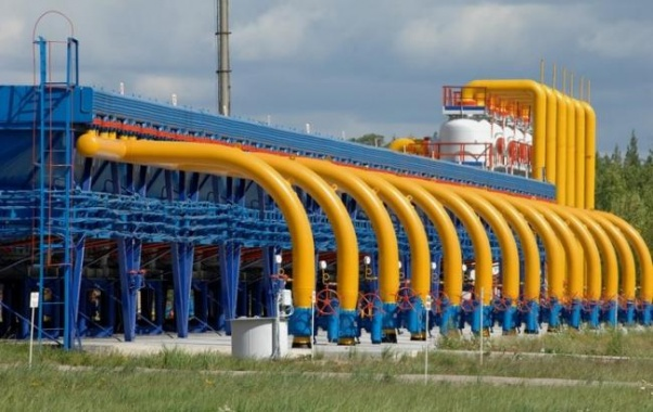 «Газпром» в 2016г. может уменьшить добычу газа на0,4%