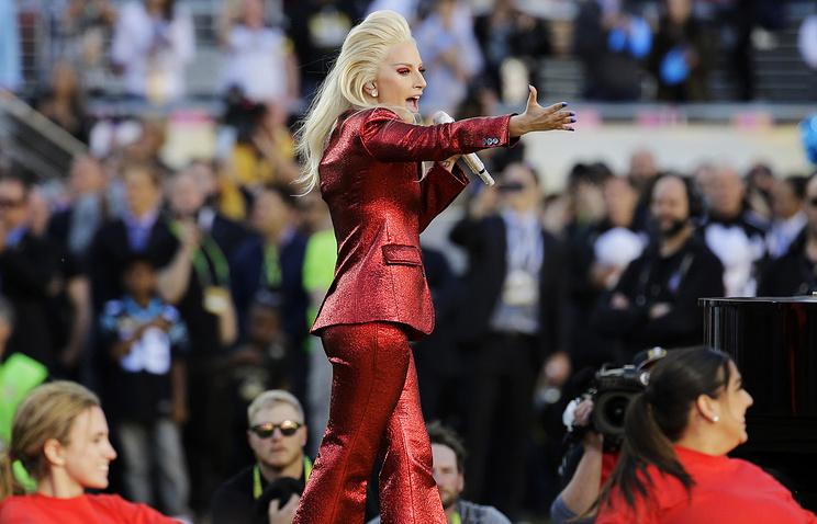 Эстрадная певица Леди Гага выступит вперерыве Супербоула