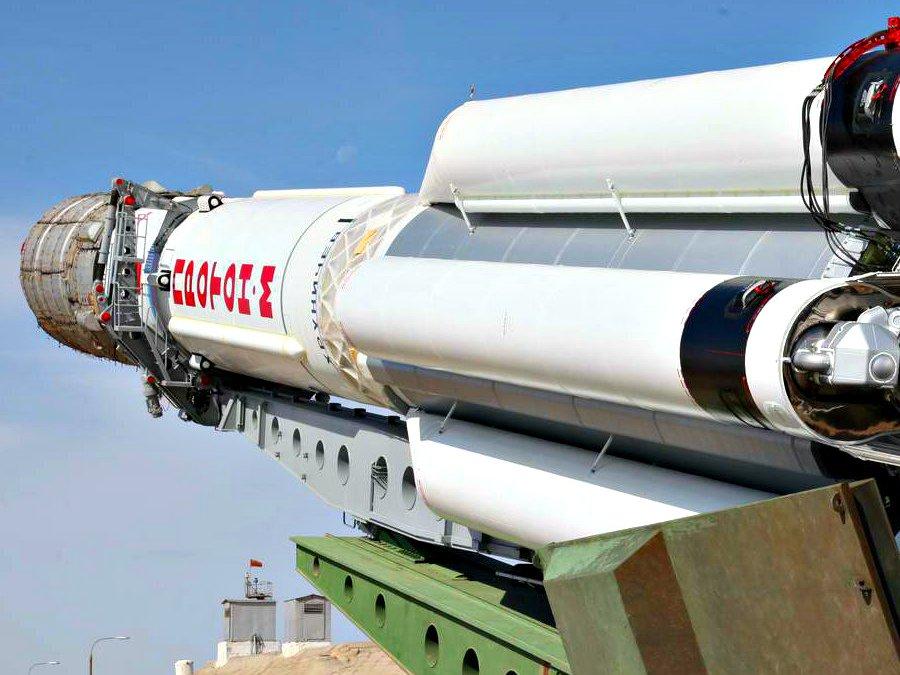 Американский спутник EchoStar 21 никак неможет отправиться наорбиту
