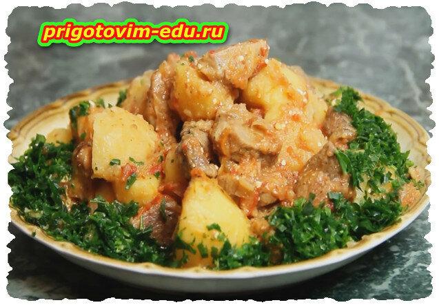 Жаркое из свинины с картошкой. Видео рецепт