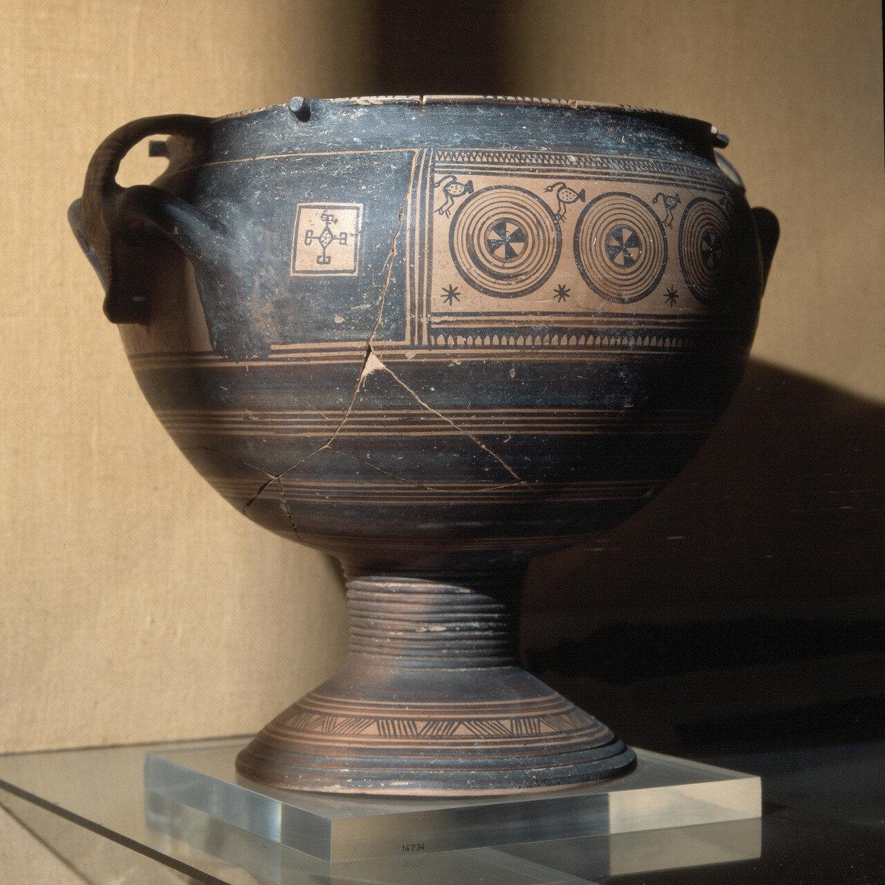 Родос, Археологический музей. Кратер. Вторая половина VIII в. до н.э.