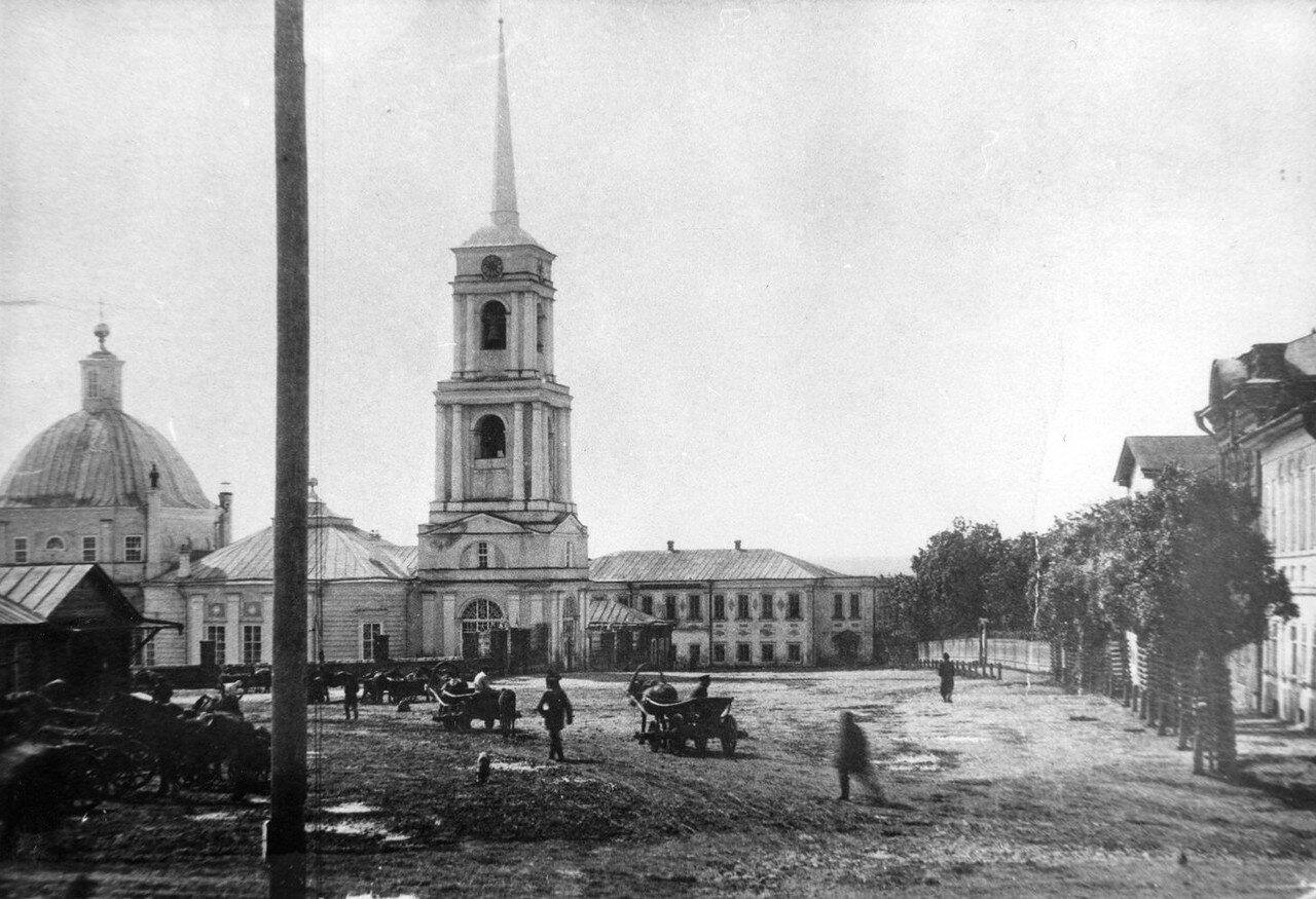Соборная Троицкая Церковь на Нижней торговой площади