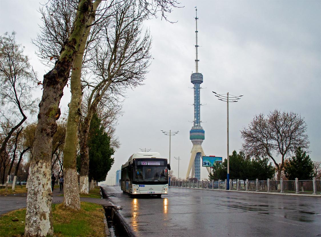 МАЗ-203. В Ташкенте