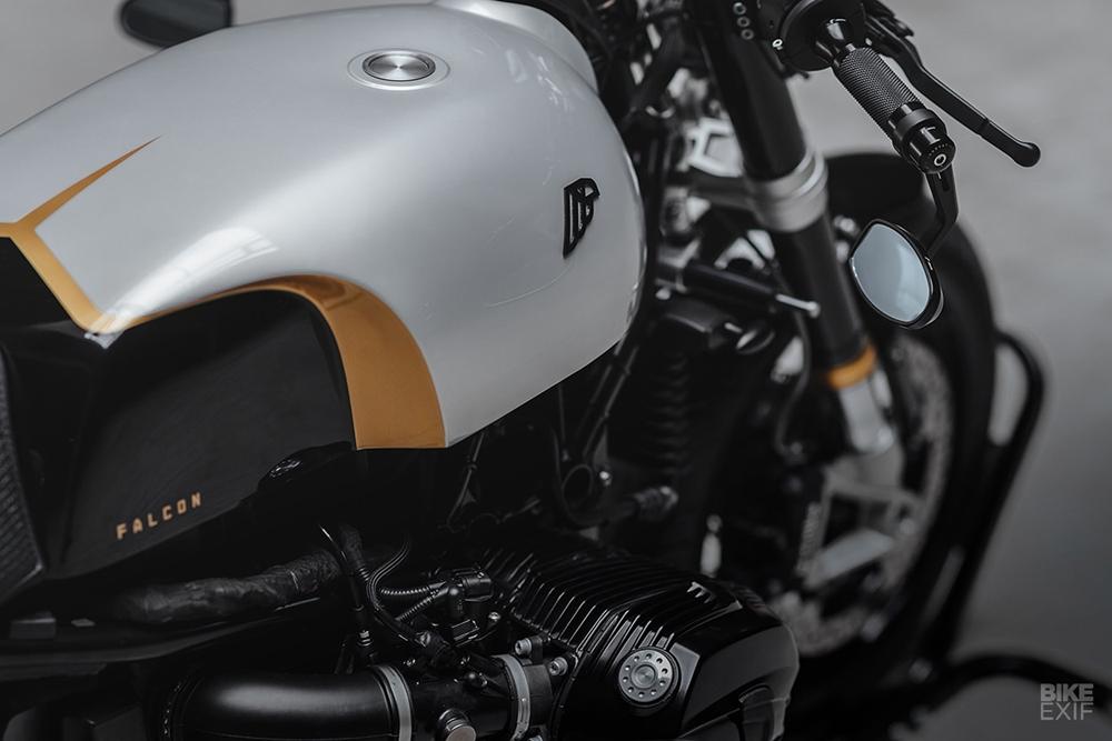Hookie Co.: кафе рейсер BMW R nineT