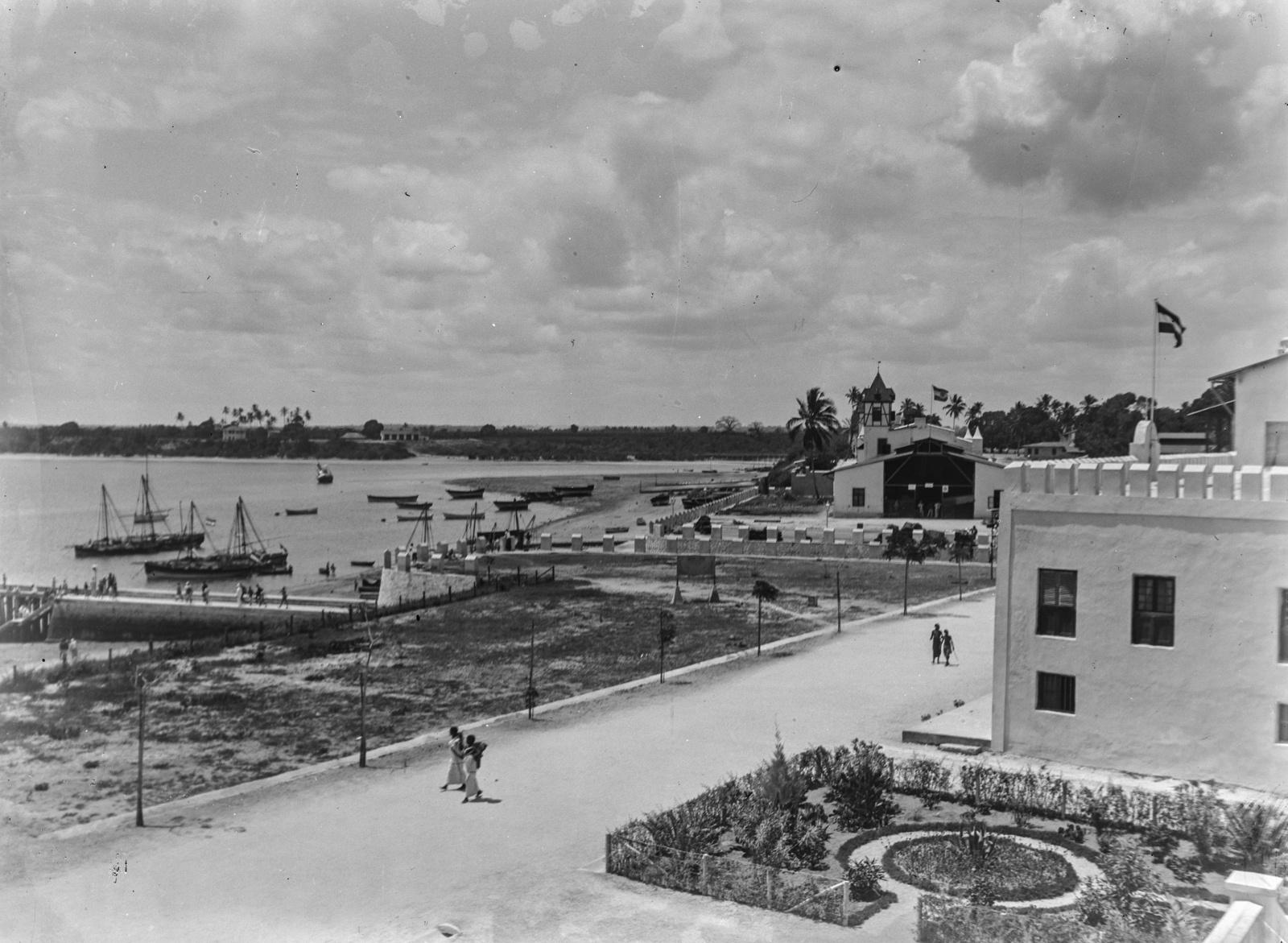 135. С видом на прибрежный комплекс в Дар-эс-Саламе