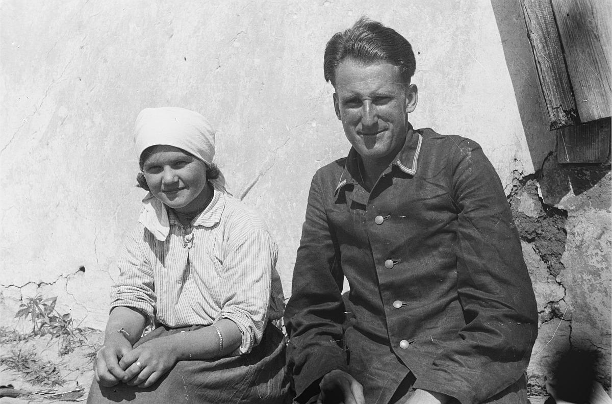 Франц Грассер с женой молодого фермера