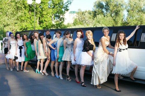 Харьковские ученики отказались от выпускного бала