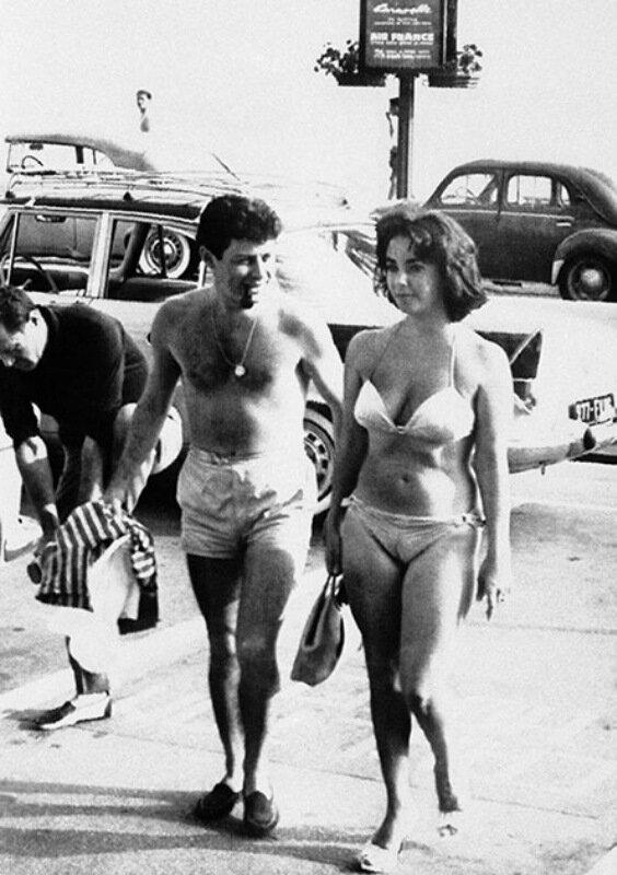ФОТО: Знаменитости в бикини на пляжах Каннского фестиваля в 1950 2010 х годах