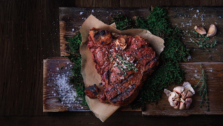 MEAT Steak House Martyna Jovaisaite