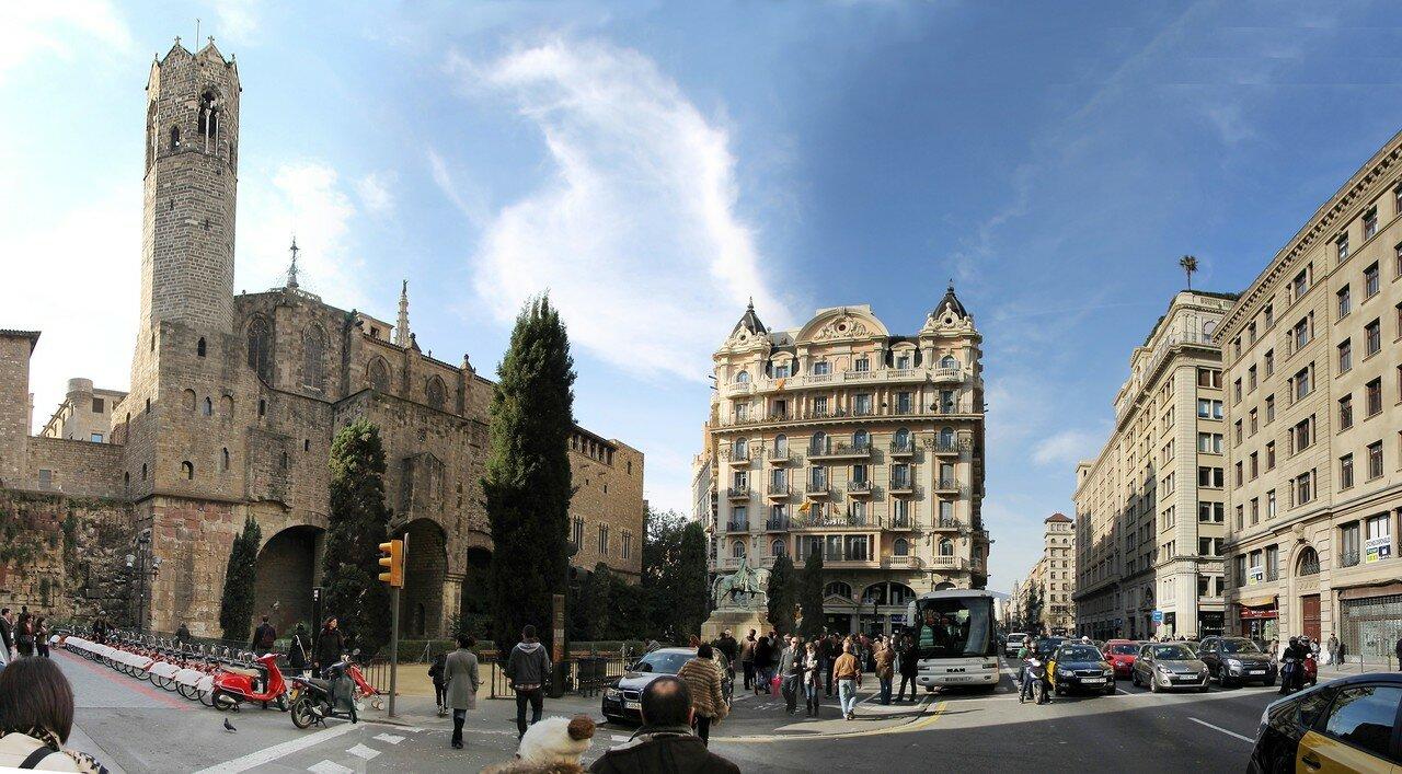 Barcelona. Plaza de Ramon Berenguer el Gran)