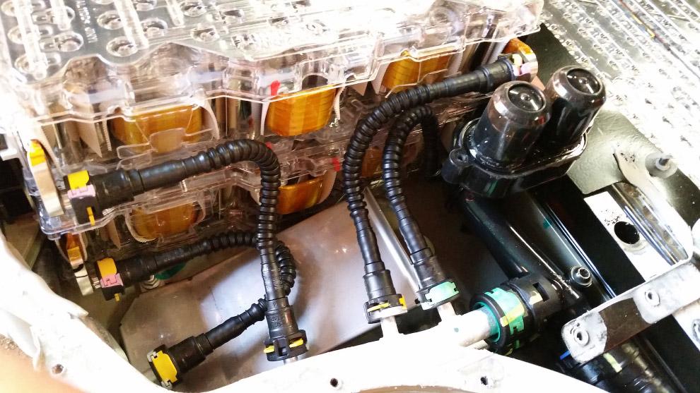 8. Самый мощный из имеющихся аккумуляторов (его объем составляет 85 кВт*ч) состоит из 7104 подо