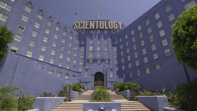 Церковь Сайентологии была предметом глубокого очарования и разочарования в течение многих десятилети