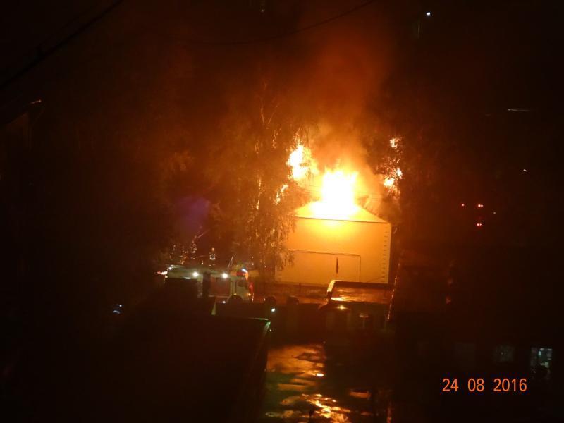 Пожар вадминистративном помещении насевере столицы ликвидирован