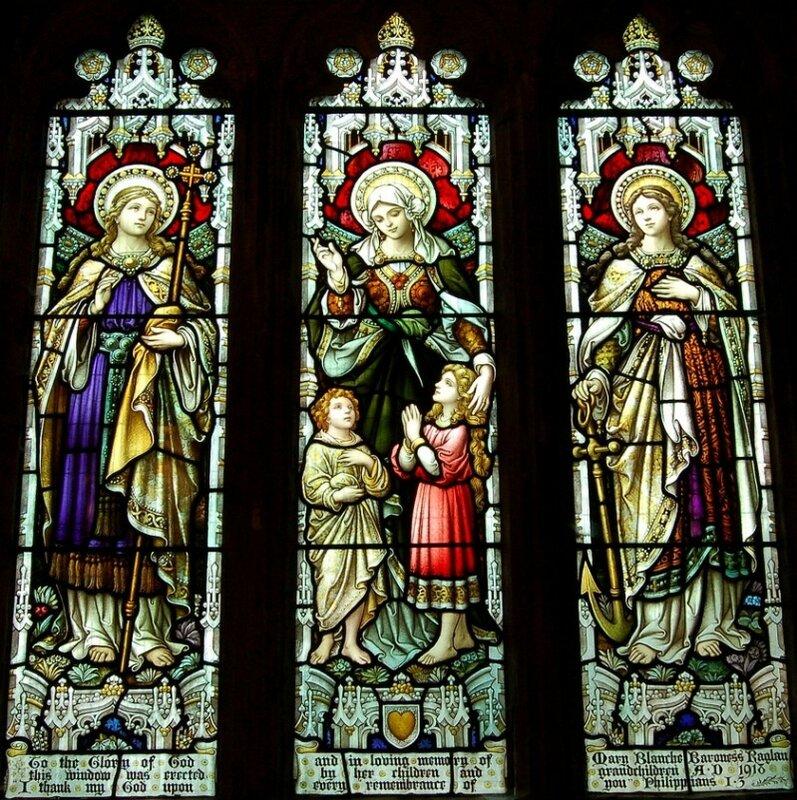 Вера, Любовь, Надежда. Витраж. Храм святого Иоанна, поселок Llandenny (Уэльс, Великобритания)