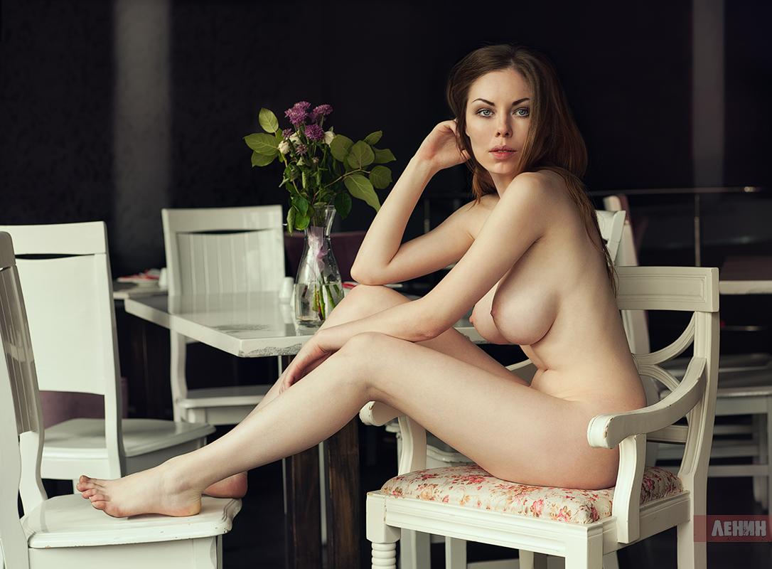 Фото сексуальной лоя, Голая певица Лоя, эротические фото в журнале xxl 18 фотография