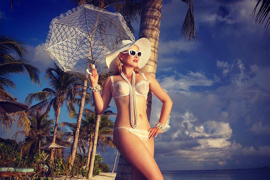 Допустимо ли нижнее бельё вместо купальника на общественном пляже?