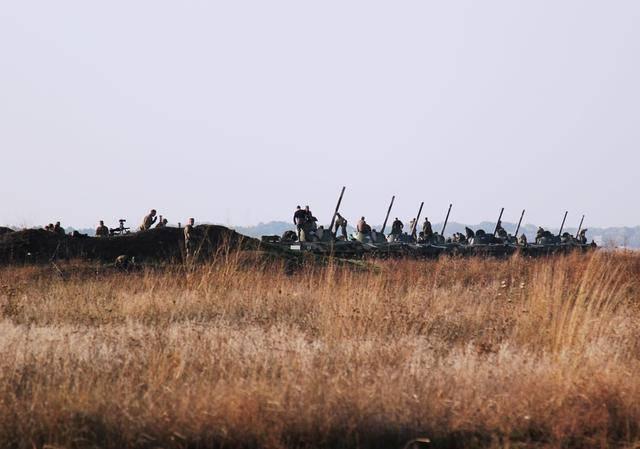Резервисты 25 отдельной воздушно-десантной бригады проводят учения на Днепрпетровщине. ФОТОрепортаж